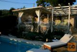 Otok Kaprije - LAST MINUTE: 20% cenejši apartma z bazenom!