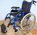 Invalidski voziček, z dodatnima zavorama + varnostni pas