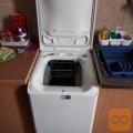 Prodam Kuhinj.aparate z garancijo,Hladilnik in Pr stroj