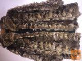 Dva krznena plašča - lisica in rakun