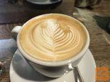 Redno zaposlimo dekle v cafe bar Mercedes v Domžalah.