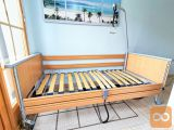 Električna negovalna postelja s trapezom - Domiflex